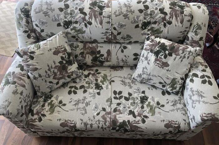 çiçek desenli koltuk takımı toplam 4 parça